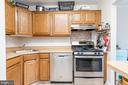 1417 Northgate Sq #32b