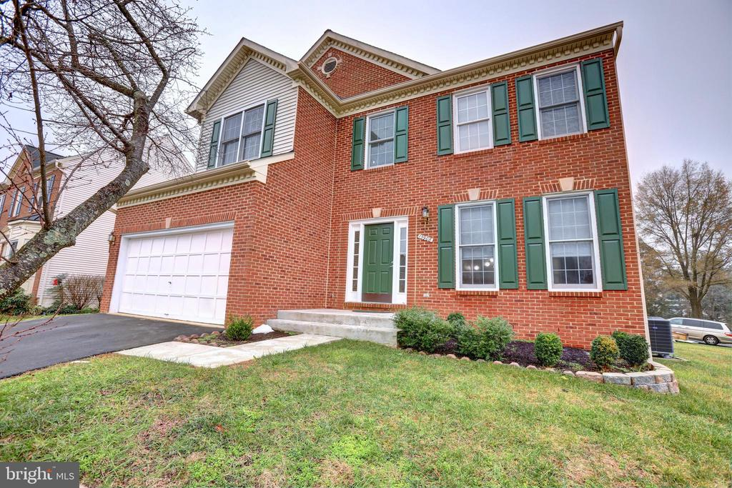13908 Leeton Cir, Chantilly, VA 20151