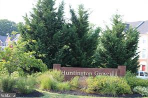 2957 Huntington Grove Sq