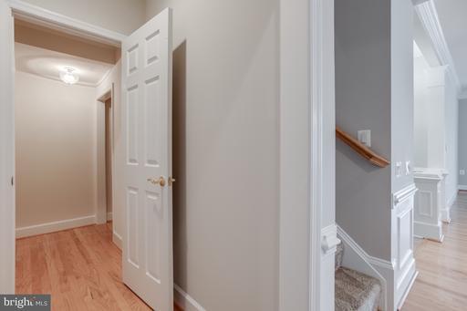 44476 Oakmont Manor Sq Ashburn VA 20147