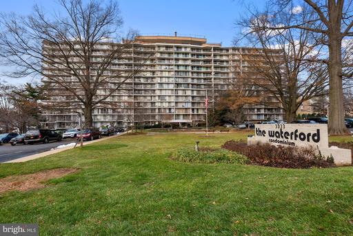 3333 W University Blvd #608, Kensington, MD 20895
