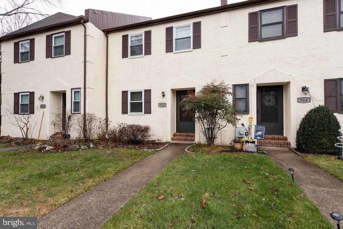 912 Hollyview Lane West Chester , PA 19380