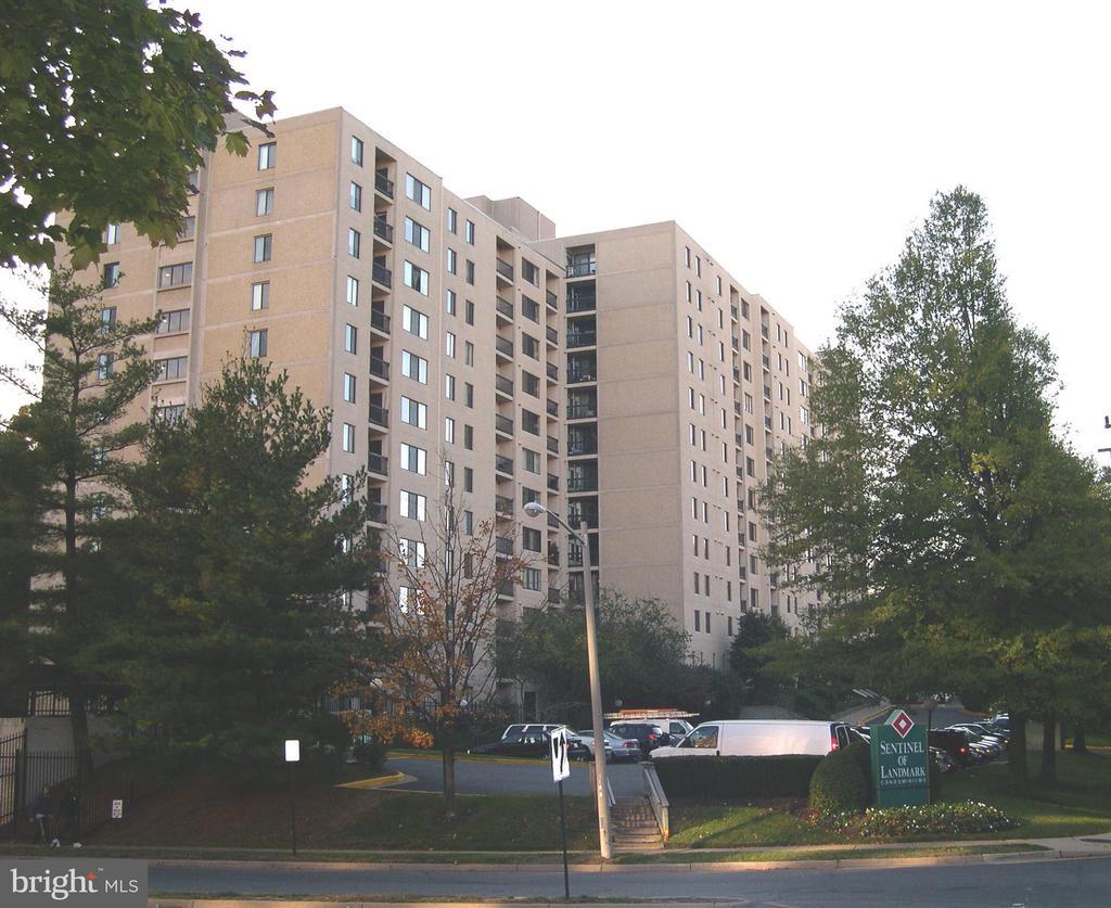 6300 Stevenson Ave #616, Alexandria, VA 22304