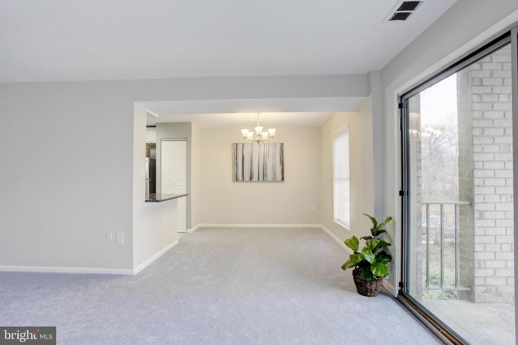 Photo of 39 Canterbury Sq #201