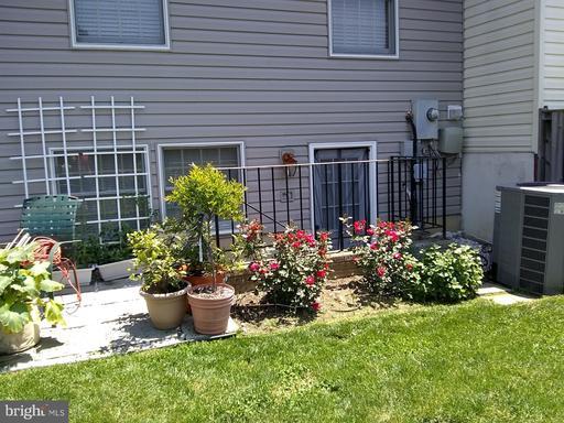 6300 Mary Todd Ln Centreville VA 20121