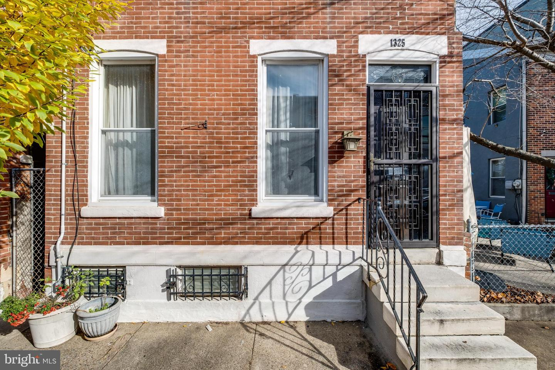 1325 E Berks Street Philadelphia, PA 19125