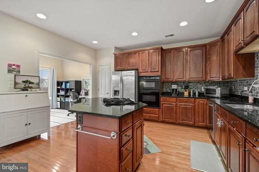 13467 Wood Lilly Ln Centreville VA 20120