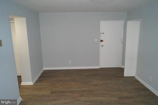 5801 Quantrell Ave #306