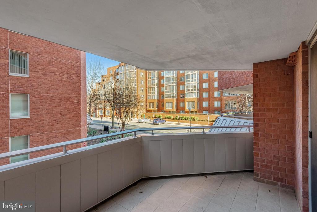 Photo of 1001 N Vermont St #212