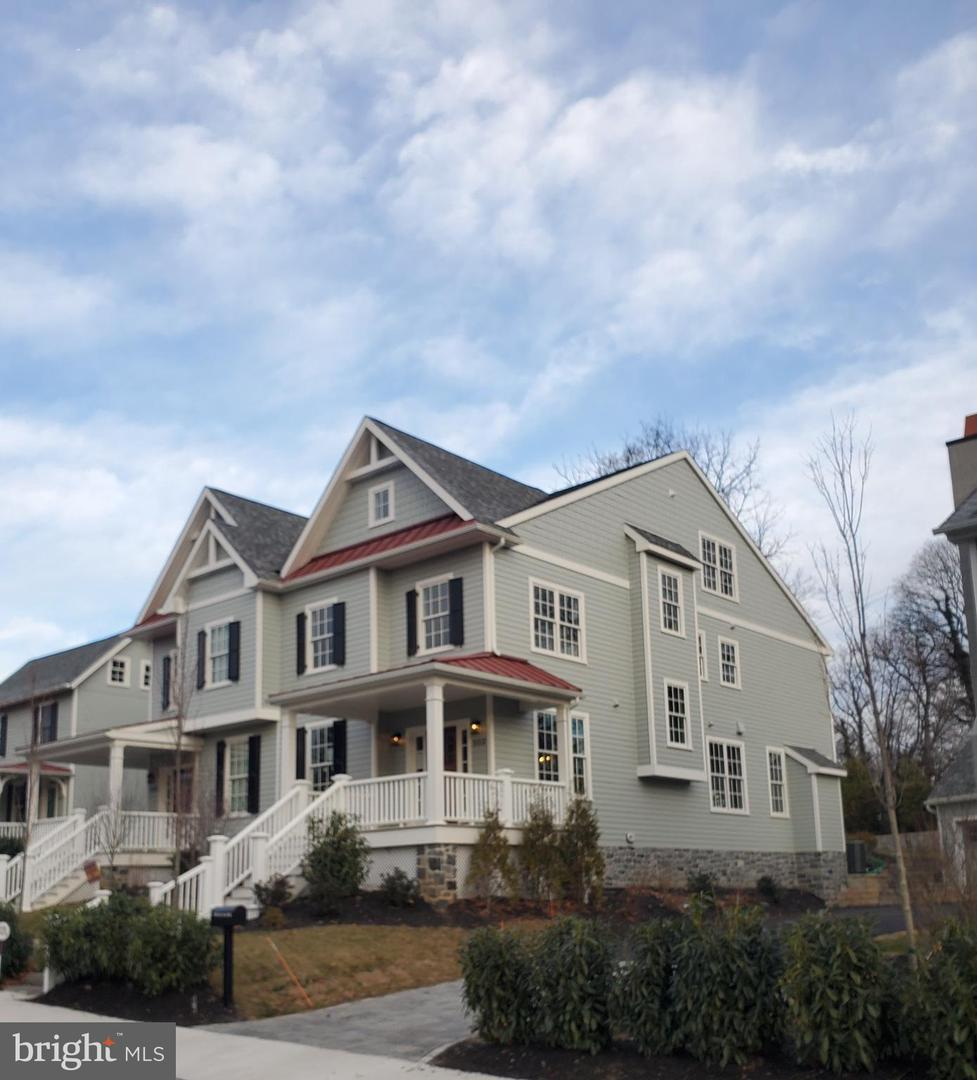 503 Old Lancaster Rd Haverford, PA 19041