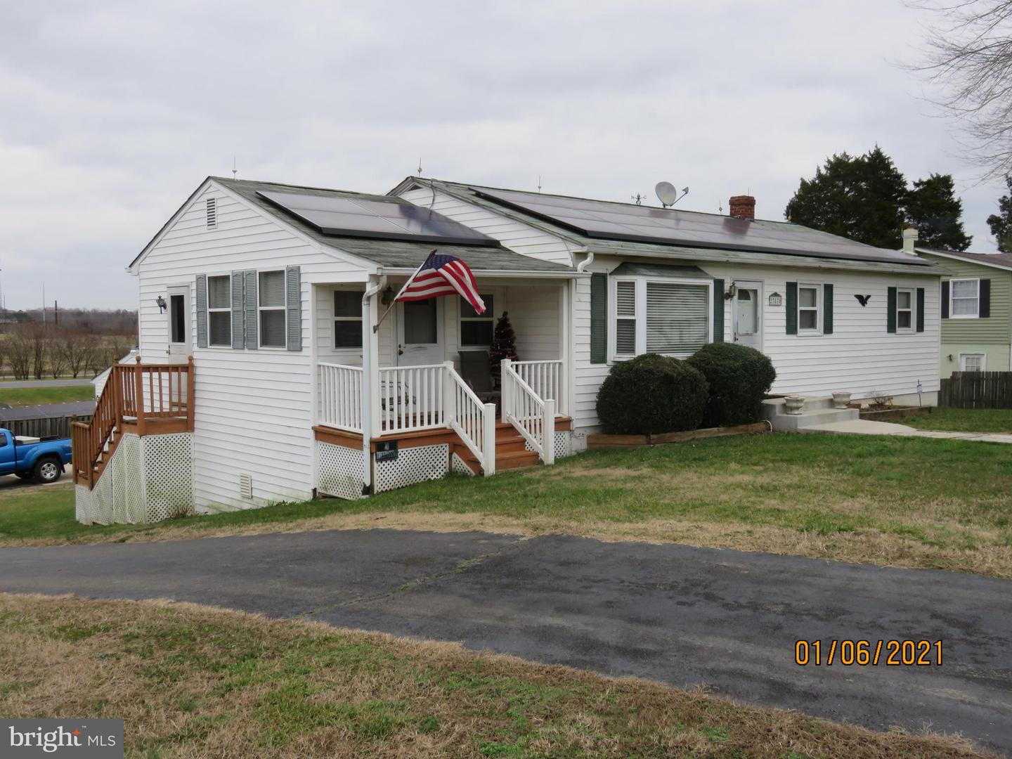 Photo of 27870 OLD VILLAGE RD, MECHANICSVILLE, MD 20659