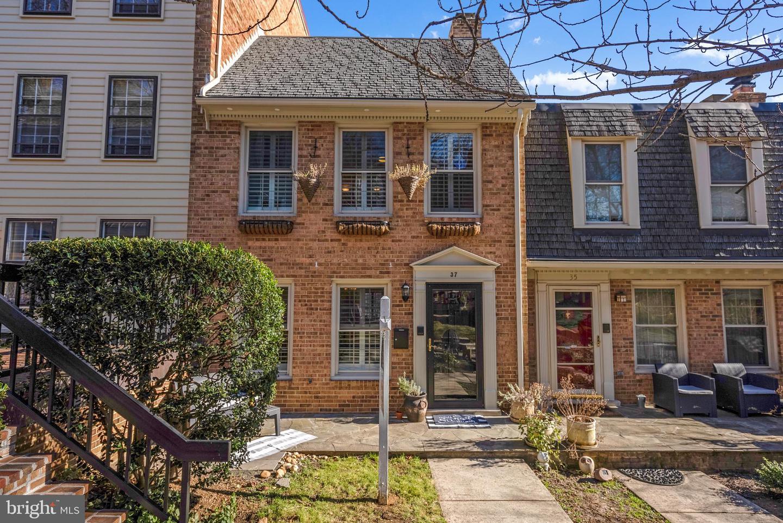 37 Del Ray Avenue   - Alexandria, Virginia 22301