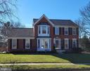 815 Spring Knoll Dr