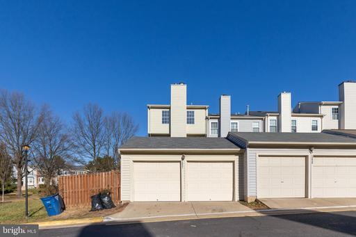 13931 Antonia Ford Ct Centreville VA 20121