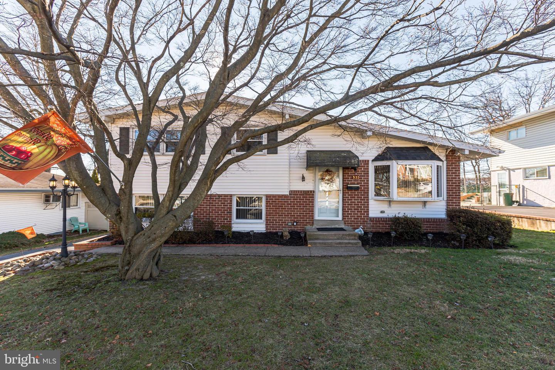 533 Warren Boulevard Broomall, PA 19008