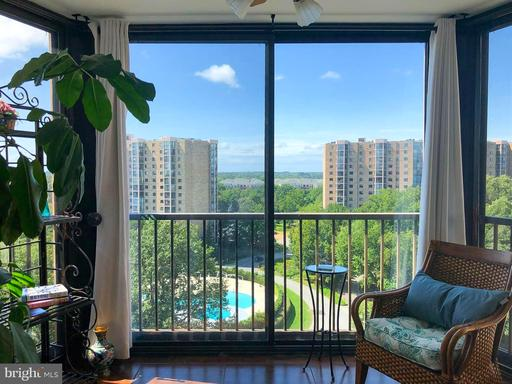 5903 Mount Eagle Dr #1515, Alexandria 22303