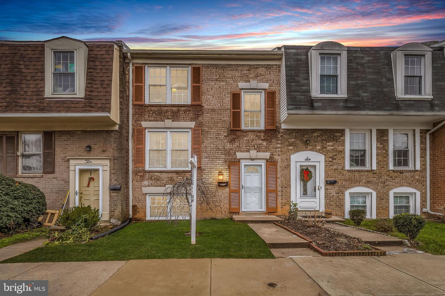 8 Blue Ribbon Court  #4-4 - Gaithersburg, Maryland 20878