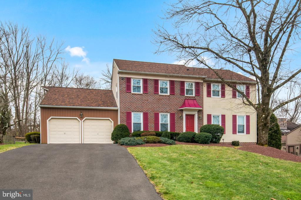 124 LIBERTY DR, Newtown PA 18940