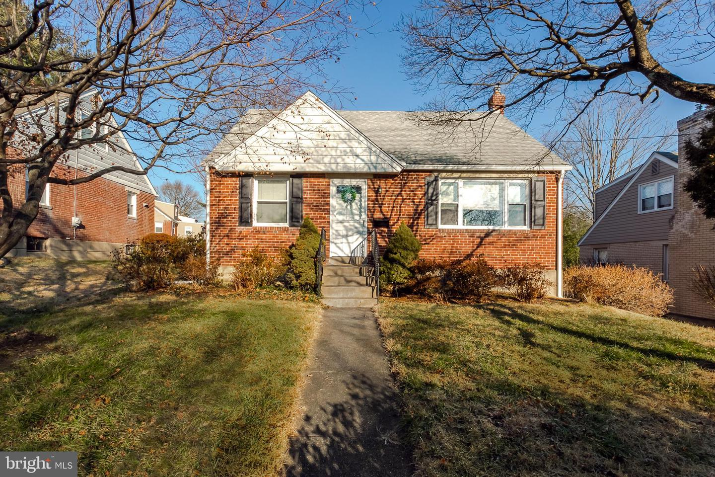 524 N Manoa Road Havertown, PA 19083