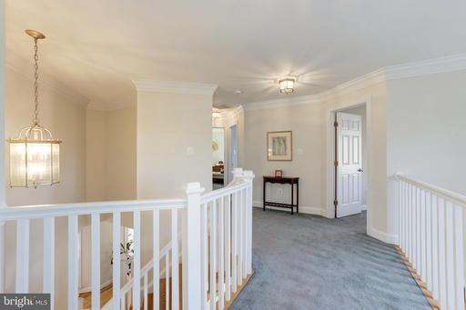 1500 Longfellow St Mclean VA 22101