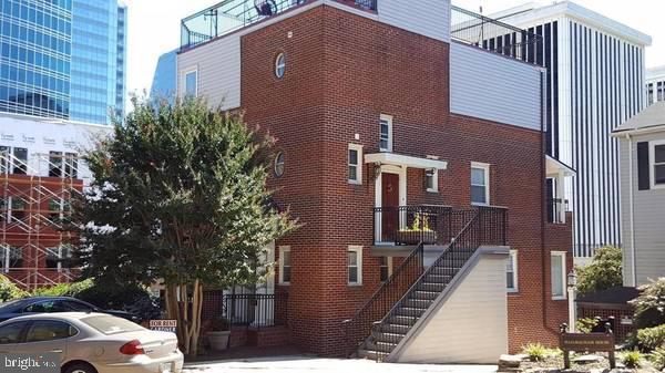 1537 Colonial Terrace  #B - Arlington, Virginia 22209