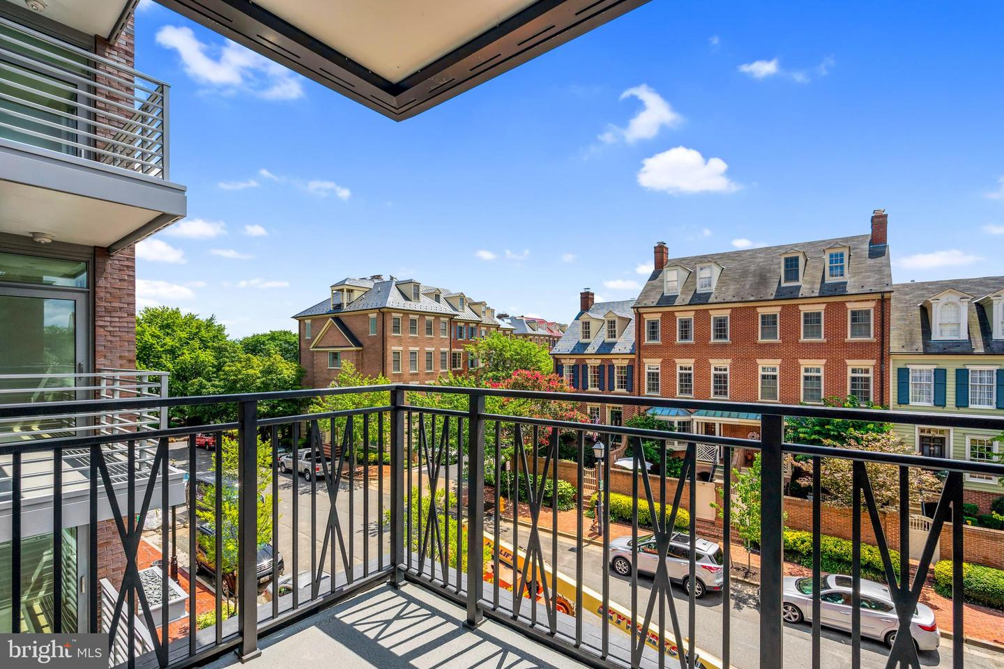 10 Bakers Walk  #RESIDENCE 3.202 - Alexandria, Virginia 22314