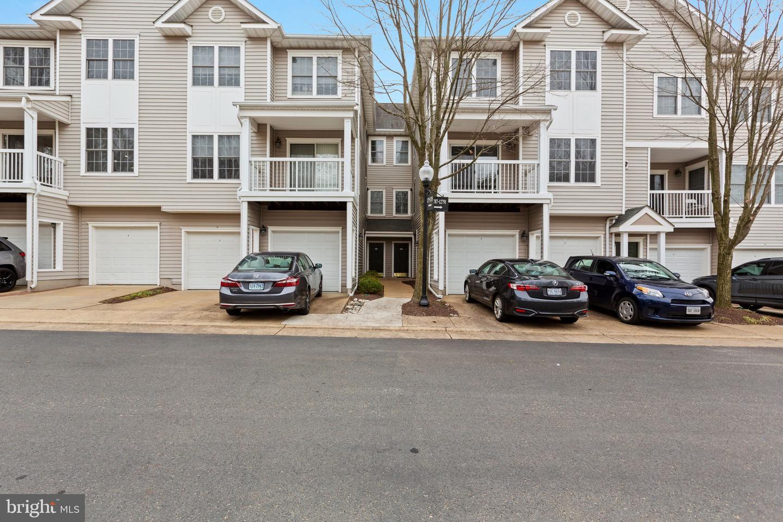 12785 Fair Briar Lane   - Fairfax, Virginia 22033