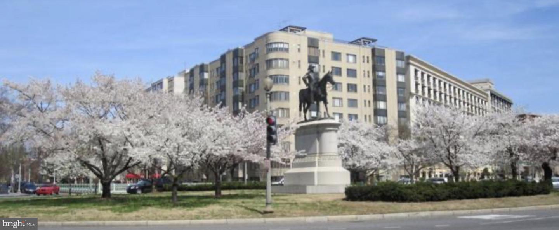 1 Scott  NW  - Washington, District Of Columbia 20336