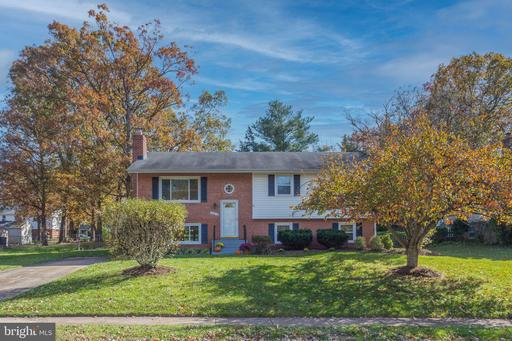 14813 Wood Home Rd Centreville VA 20120