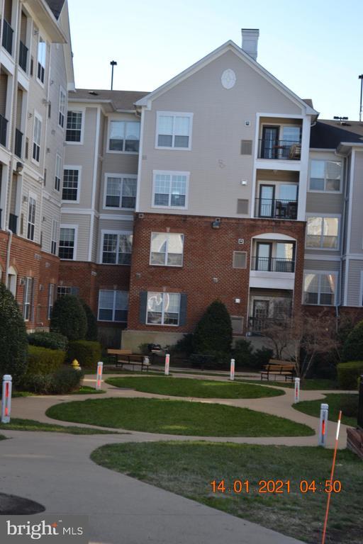 Photo of 4850 Eisenhower Ave #208