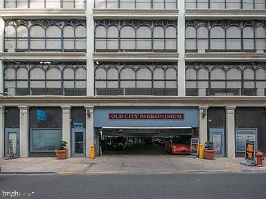 231 N 2nd Street UNIT #230 Philadelphia, PA 19106