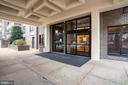 1808 Old Meadow Rd #201