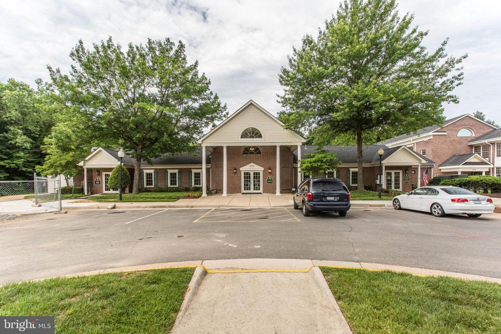 Photo of 3908 Penderview Dr #627