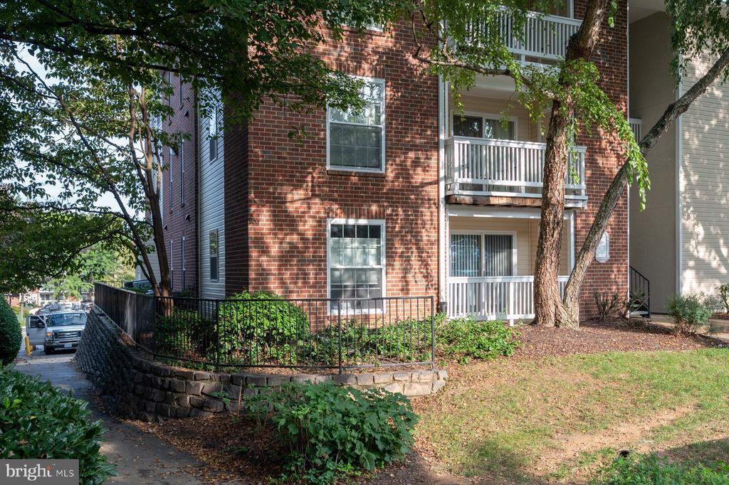 1539 Lincoln Way #103, McLean, VA 22102