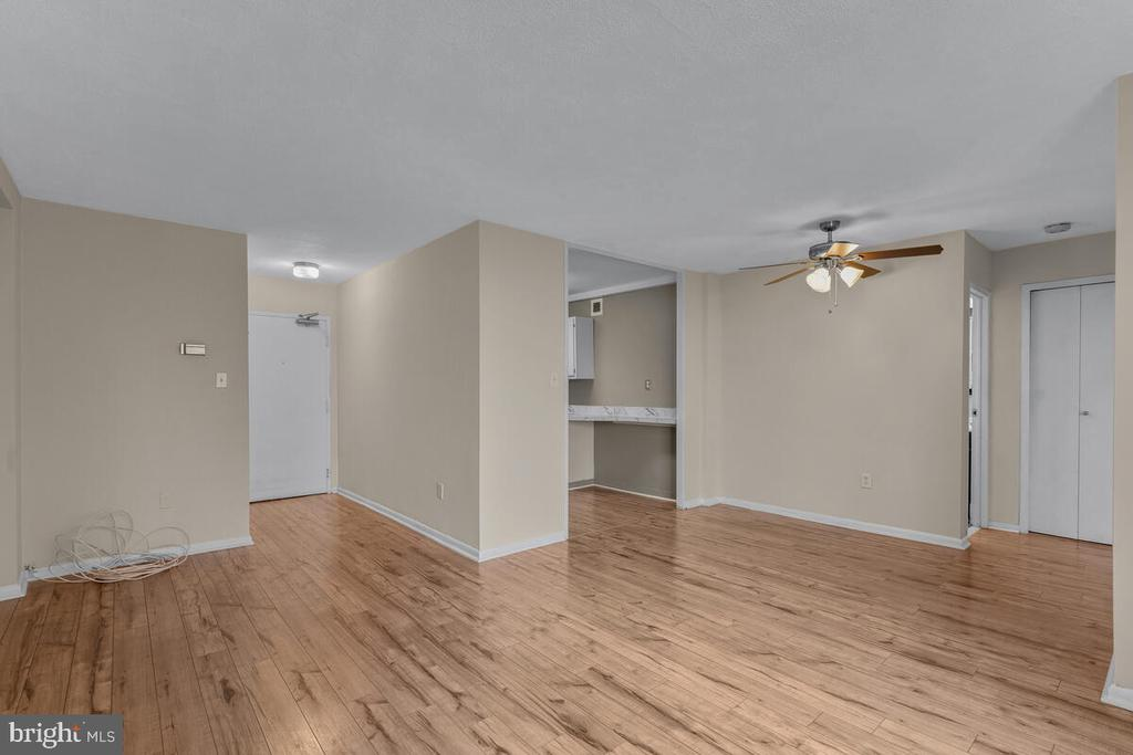 Photo of 6621 Wakefield Dr #520