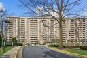 1808 Old Meadow Rd #1103