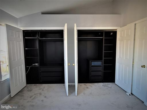 5425 Crystalford Ln Centreville VA 20120