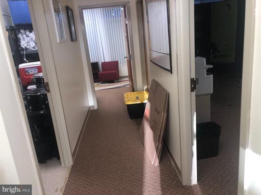 14701 Lee Hwy #204 Centreville VA 20121