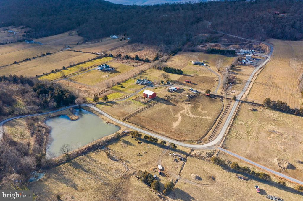 Photo of 1503 Cottontown Rd