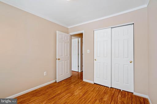8906 Royal Astor Way Fairfax VA 22031