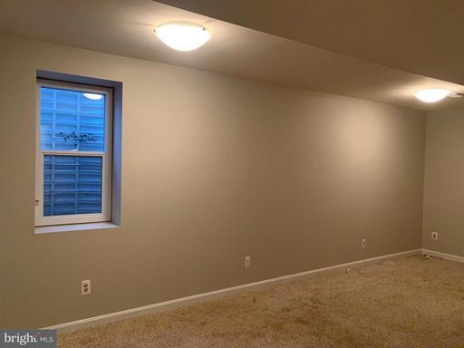 12018 Torrey Pine Ct Woodbridge VA 22192