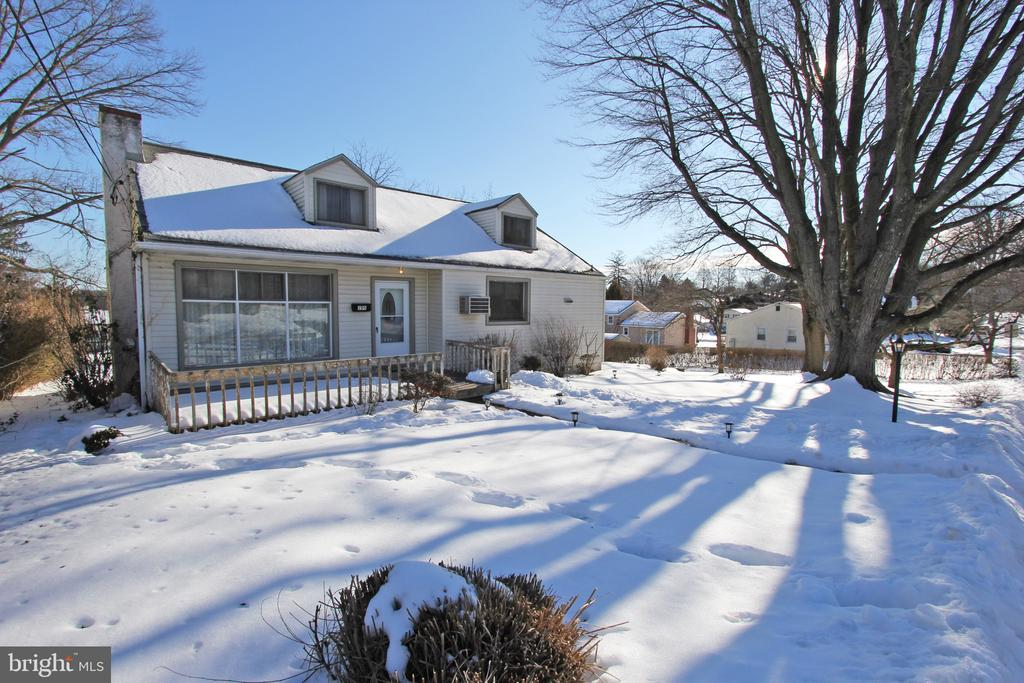 A rare find and fantastic lot in Devon - Easttown Twp.!    This Cape Cod sits on an expansive .37 acre lot and offers 3 beds 2.5 bath and an attached two car garage!  Needs updates and/or a rehab but a perfect walkable lifestyle and home ready for today's buyer to make over.