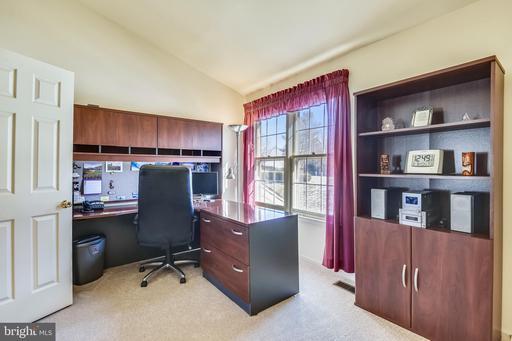 2855 Bradley Acres Ct Herndon VA 20171