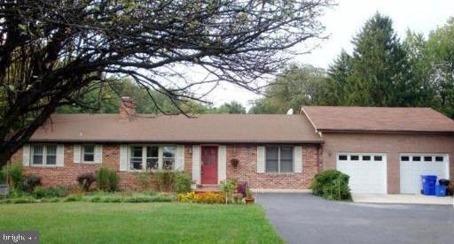 18104 Muncaster Rd, Derwood, MD 20855