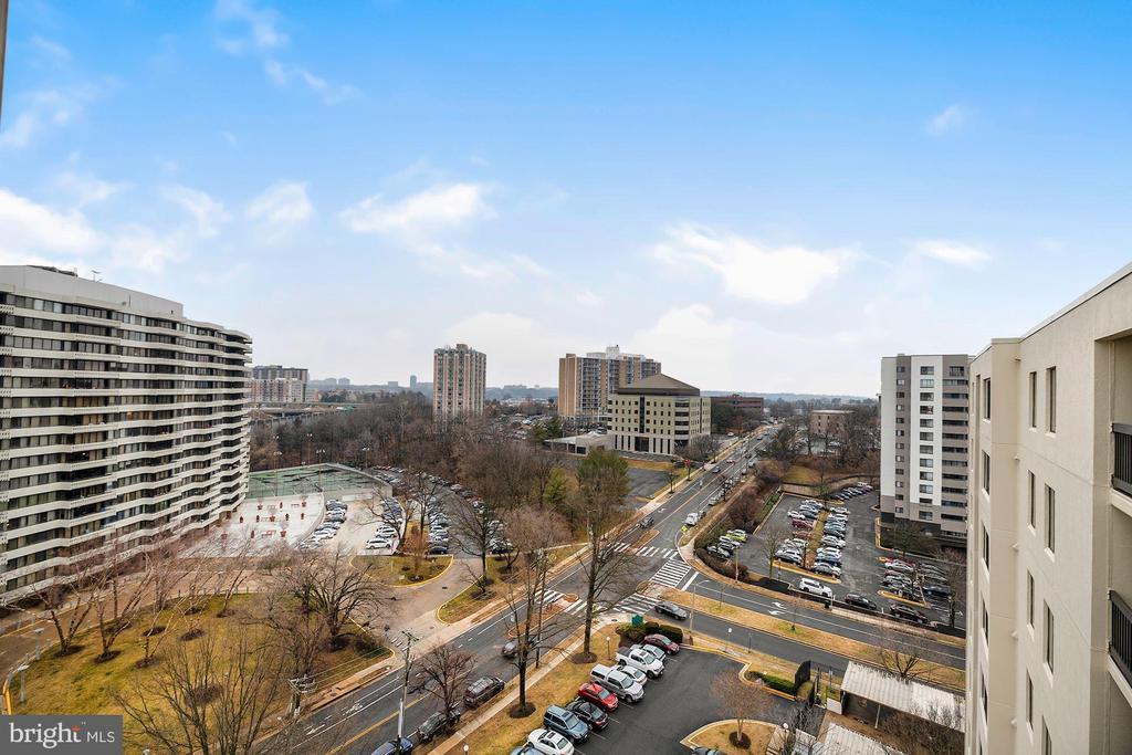 Photo of 6300 Stevenson Ave #1008