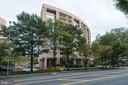 1805 Crystal Dr #902s