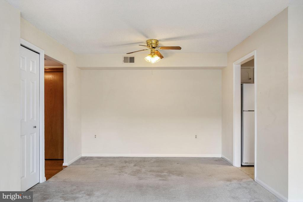 Photo of 1301 N Courthouse Rd #1505