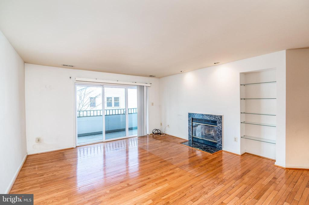 Photo of 7707 Lafayette Forest Dr #23