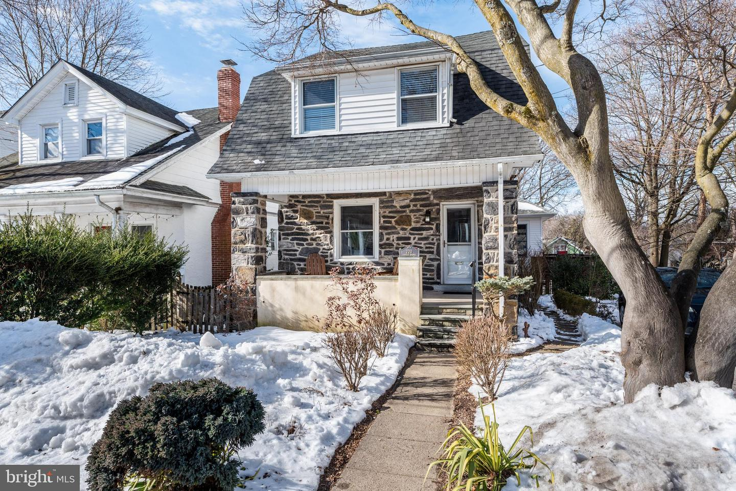 220 Forrest Avenue Narberth, PA 19072