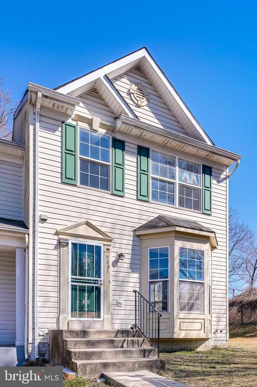 Move-in Ready!  Beautiful End-Unit Townhome in sought after Chaney's Choice!  Well maintained with updated hardwood floors, kitchen with granite countertops, new carpet, new HVAC, fresh coat of paint and more.  The living room is bright and airy with plenty of natural light.  The kitchen is updated with granite countertops, large eat-in area and updated vinyl window that leads to large deck to the backyard.  The primary bedroom has a large walk-in closet and has a 4 piece primary bathroom with shower + tub combo.  The basement is fully finished with extra room, full bathroom and laundry room.  Perfect for guests, home office, gym, etc.  Super convenient to DC, 495 and many other landmarks.  You won't want to miss this one!